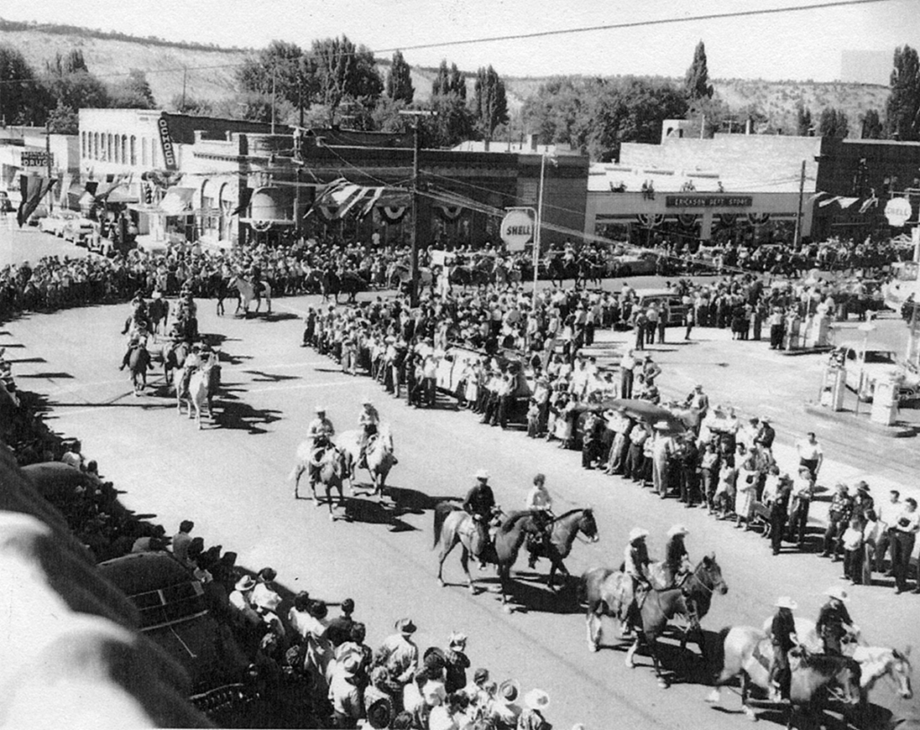 Rodeo Parade in Prineville 1953-55